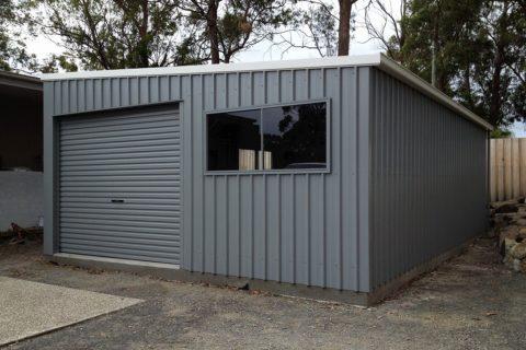 Domestic & industrial roller doors